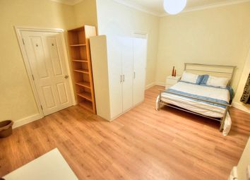 Thumbnail Room to rent in Cambridge Road, Seven Kings