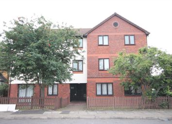 Thumbnail 1 bedroom flat for sale in Selkirk Drive, Erith