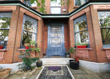 Thumbnail 6 bed property for sale in Sandycombe Road, Kew