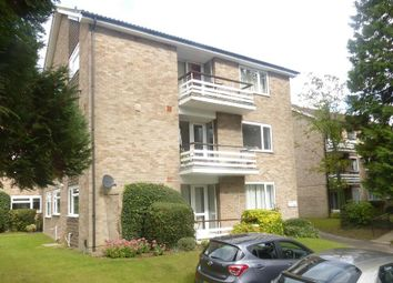 Thumbnail 3 bed flat to rent in Avenue Road, St.Albans