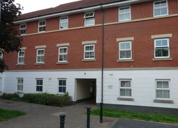 Thumbnail 2 bed flat to rent in Alexandra Road, Aldershot