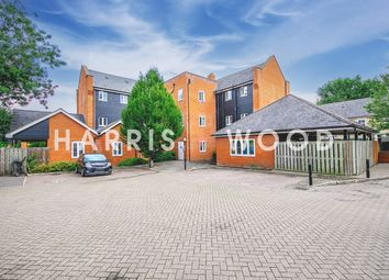 Thumbnail 2 bed flat to rent in Waterside Lane, Colchester