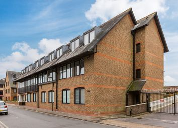 Thumbnail 2 bed flat for sale in Albert Road, Horley
