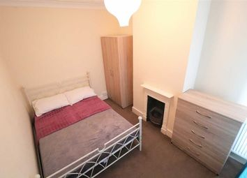 Thumbnail Room to rent in Honey Hill Road, Bedford