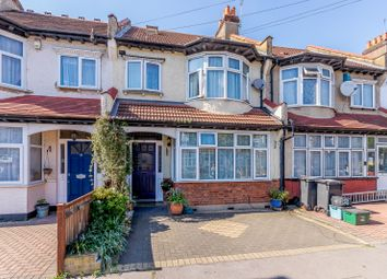 Thumbnail 6 bed terraced house for sale in Kingswood Avenue, Thornton Heath