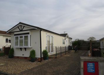 Thumbnail 1 bed mobile/park home for sale in Castle Hill Road, Totternhoe, Dunstable