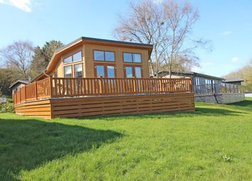 Thumbnail 2 bed lodge for sale in Shorefield Road, Downton, Lymington