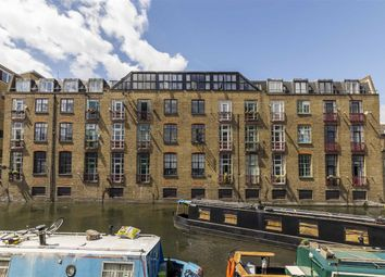 Thumbnail 2 bedroom flat for sale in Wharf Place, London
