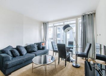 Thumbnail 2 bed flat for sale in Gainsborough House, Canary Wharf, London
