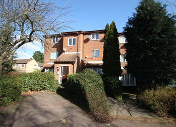 Thumbnail 1 bed flat to rent in Greenway Close, London