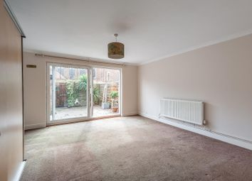 2 bed property to rent in Ebbisham Drive, London SW8