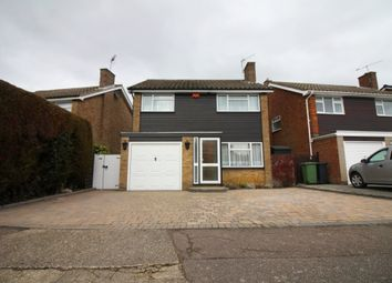 Thumbnail 3 bed detached house to rent in Lulworth Avenue, Goffs Oak, Waltham Cross