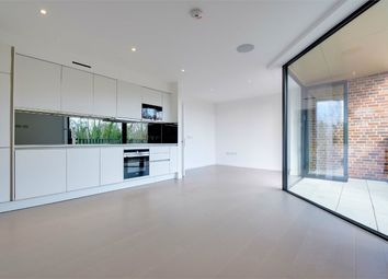 Thumbnail 2 bed flat for sale in Pinnacle, Muswell Hill, London