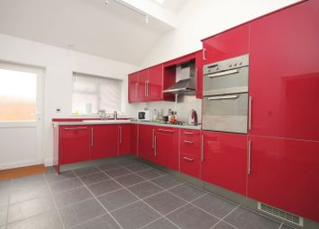 Thumbnail 1 bed flat to rent in Manor Farm, Aylesbury