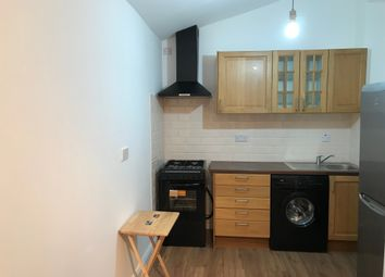Thumbnail 1 bed flat to rent in Wanstead Park Road, Redbridge