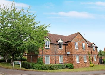 Thumbnail 2 bed flat for sale in Cherry Grove, Hungerford