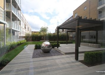 Thumbnail 1 bed flat to rent in Eric Street, London