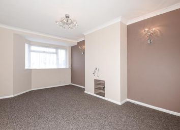 3 bed maisonette to rent in Farnham Road, Slough SL2