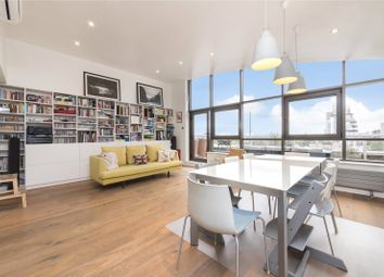 Thumbnail Flat for sale in Meridian Place, London