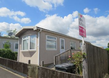 Thumbnail 1 bedroom mobile/park home for sale in Kennett Place, Didcot