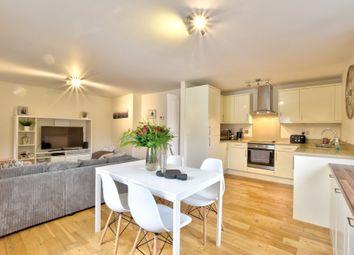 2 bed flat to rent in Castle Court, Trinity Street, Bishop's Stortford, Hertfordshire CM23