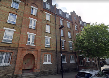 Thumbnail 4 bed flat to rent in Dellow Street, Shadwell