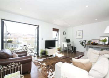 1 bed flat for sale in Richmond Road, Hackney E8