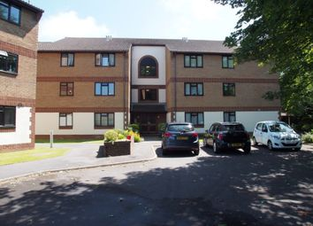Thumbnail 2 bedroom flat to rent in St. Botolphs Road, Worthing