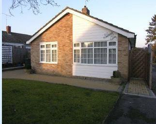 Thumbnail 3 bed detached bungalow to rent in Kingsmead, Sawbridgeworth