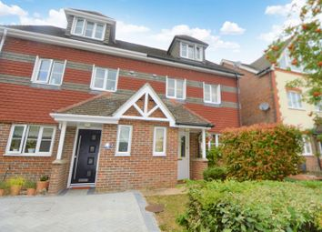 3 bed semi-detached house for sale in Yachtsman Close, Bursledon, Southampton SO31