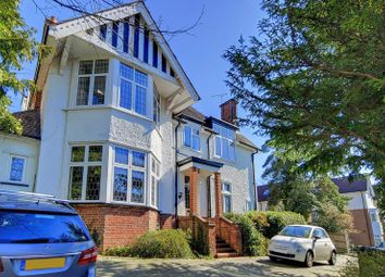 3 bed flat to rent in The Close, Russell Hill, Purley CR8