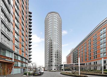 Thumbnail 2 bed flat to rent in Fairmont Avenue, Canary Wharf, London