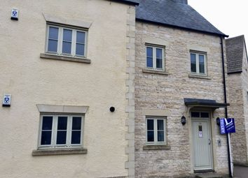 Thumbnail 1 bed flat to rent in Middle Mead, Cirencester