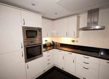 Thumbnail 2 bed flat to rent in High Street, Bedford