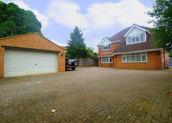 Thumbnail Studio to rent in Green Lane, Burnham, Buckinghamshire