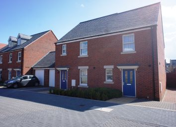 Thumbnail 2 bed property to rent in Kempton Close, Bicester