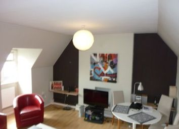 Thumbnail 3 bed flat to rent in Fulham Broadway, London