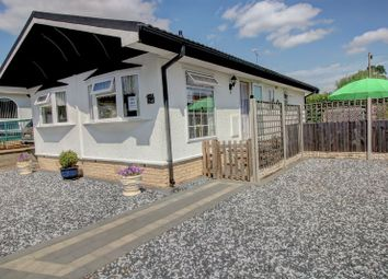 Thumbnail 2 bed mobile/park home for sale in The Retreat, Wootton Hall, Henley-In-Arden