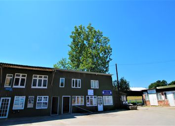 Thumbnail 1 bed flat to rent in Botley Road, Shedfield, Southampton