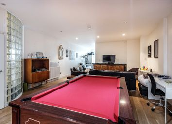 3 bed flat for sale in Calvin Street, London E1