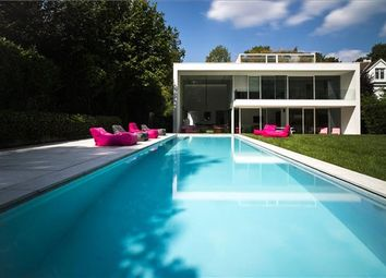 Thumbnail 4 bedroom property for sale in Avenue De Bouchout 10, 1020 Bruxelles, Belgium