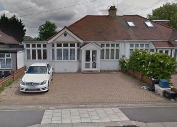 Thumbnail Property to rent in Roding Lane South, Ilford