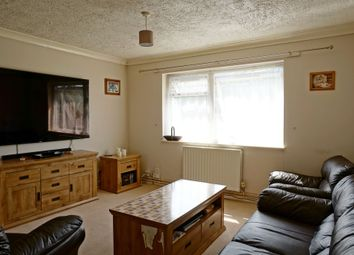 Thumbnail 2 bedroom flat for sale in Tansycroft, Welwyn Garden City