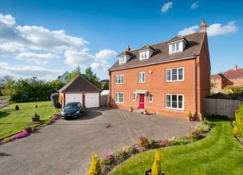 Thumbnail 5 bed detached house for sale in Ellen Close, Charing