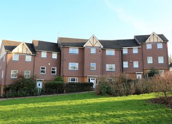 Thumbnail 2 bed flat to rent in Parkland Mead, Bromley