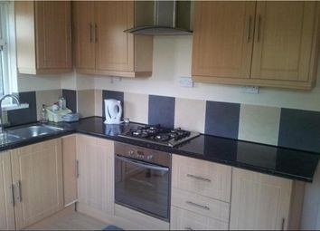 Thumbnail 2 bed flat to rent in Sykes Close, Soothill