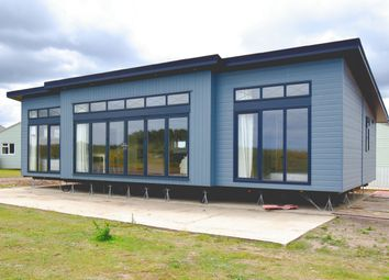 Thumbnail 2 bed mobile/park home for sale in Mundesley, Norwich