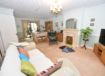 Thumbnail 4 bed property for sale in Cheyne Walk, Hornsea