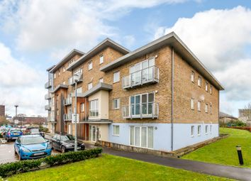 Thumbnail 2 bed flat for sale in Sundeala Close, Sunbury-On-Thames