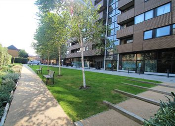22 Amelia Street, London SE17. 2 bed flat